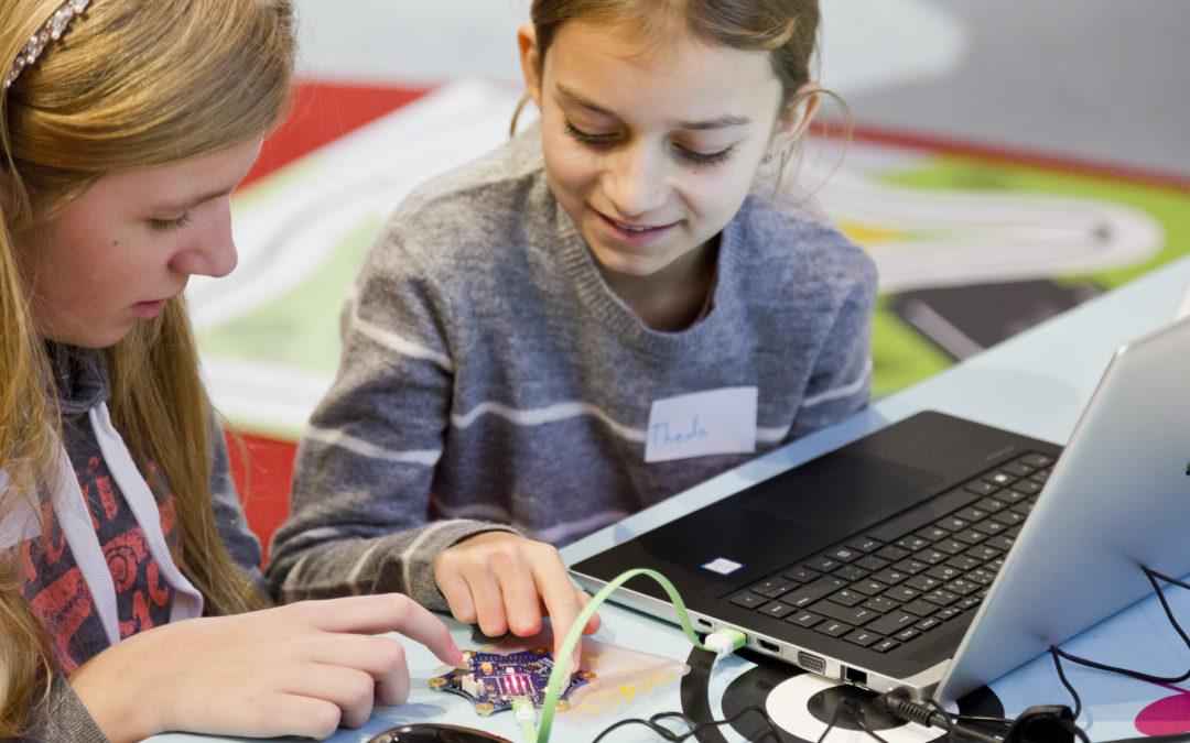 Zuhause programmieren lernen – Fraunhofer IAIS verschenkt 2000 Mini-Computer an Kinder in NRW